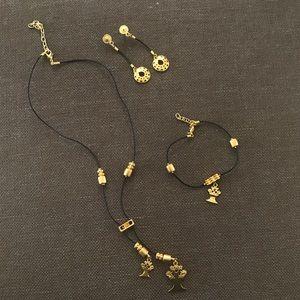 🦋3x$20🦋 Jewelry set -Necklace/Earnings/ Bracelet